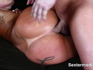 Hot MILF house maid likes to be made horny soon get cum bucket licked