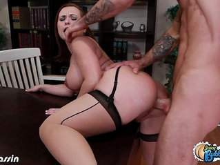Hottie Katja Kassin gets bubble butt fucked